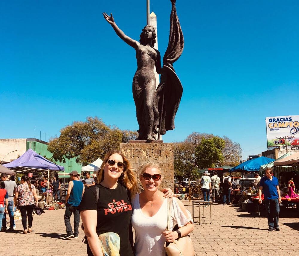 Allison Nevins and Julie Bienke shopping in Guadalajara.