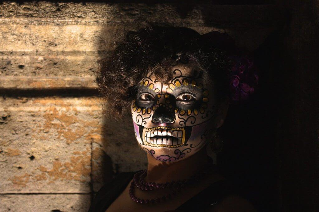 Day of the Dead girl in Merida v1