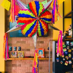 XL Pinata in Cantina